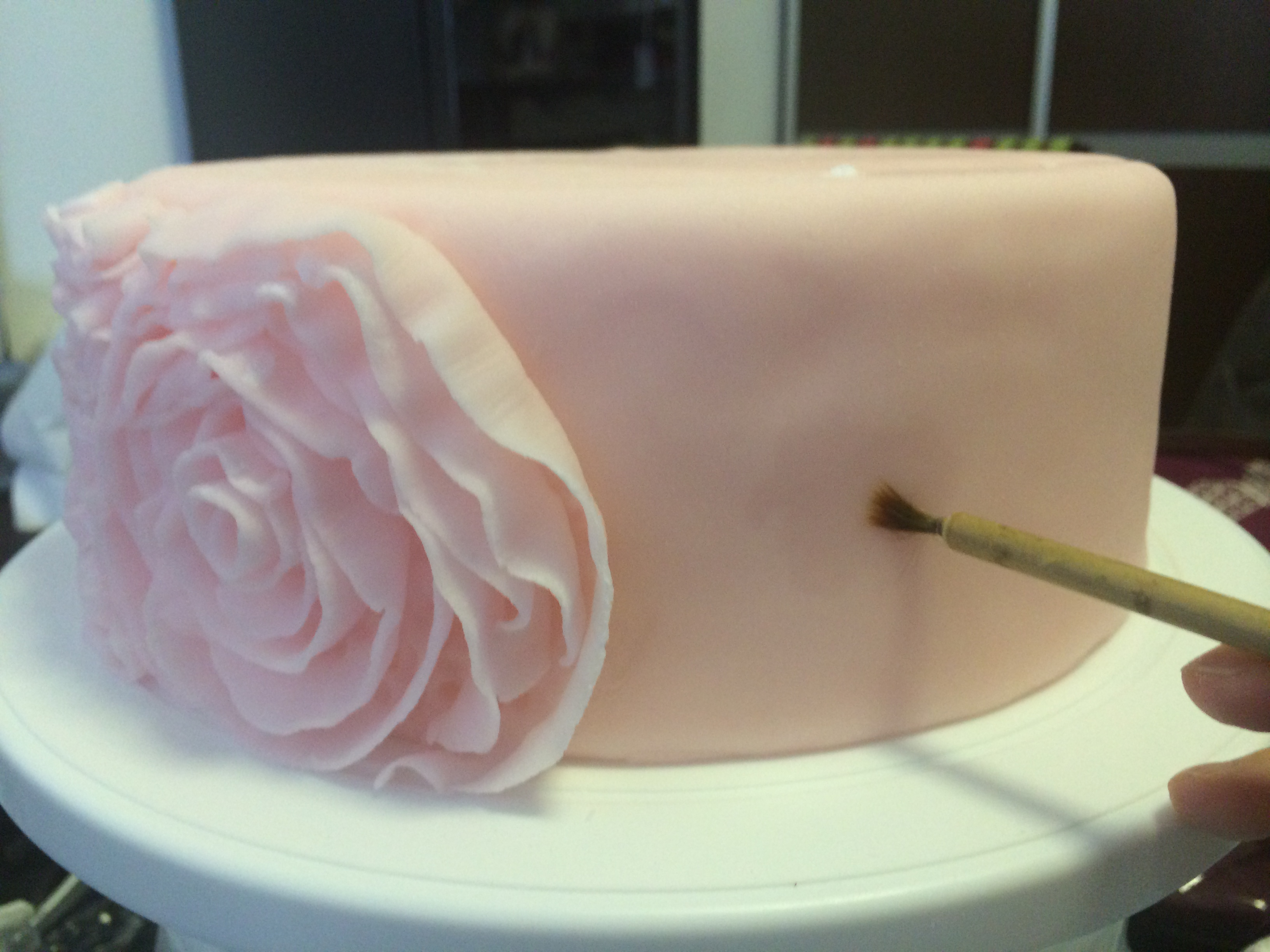 How To Make Fondant Side Ruffle Roses A Spoonful Of Cake